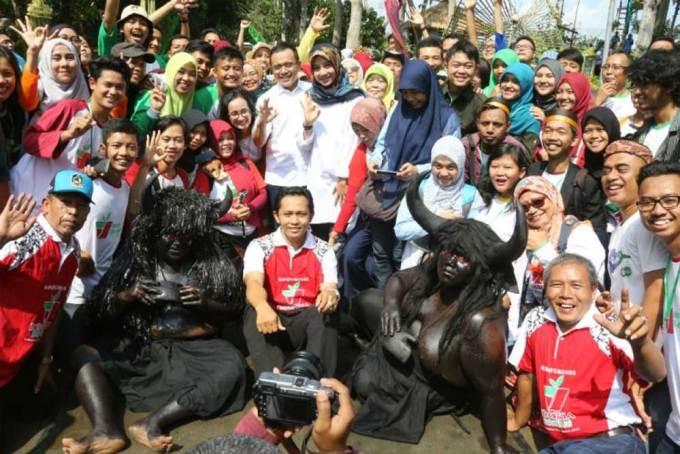 Bupati-Anas-buka-Konferensi-Indonesia-Berkebun