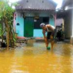 Banjir Masih Hantui Warga Ketapang