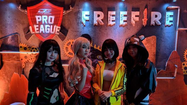 10 Cosplayer Seksi Asal Indonesia yang Selalu Bikin Salfok!