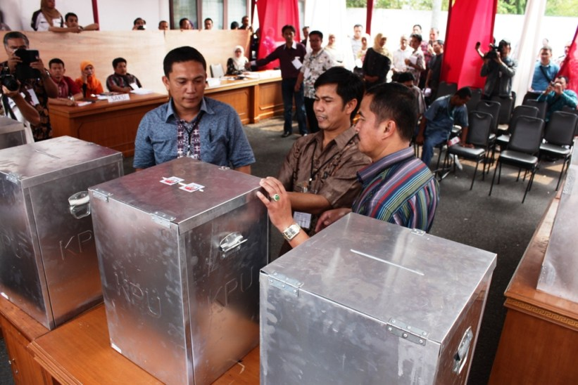 Simulasi pelaksanakan Pemilu 2014 di KPU Sumatera Barat.