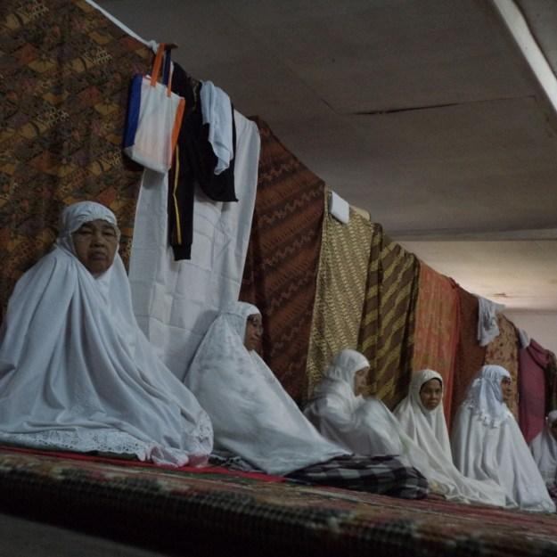 Tarekat Jemaah Naqsyabandiyah yang mengikuti Suluak. Kabarpadang Image/Ikhwan