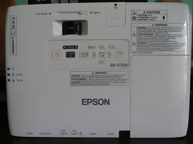 Top EPSON EB-1776W Projector