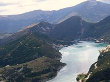 Le_lac_de_Castillon_vu_de_parapente_à_Saint-André-les-Alpes