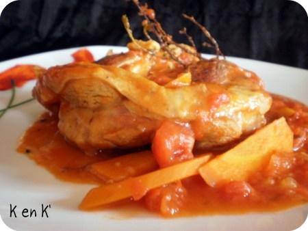 Dégustation de l'osso bucco à la sauce tomate