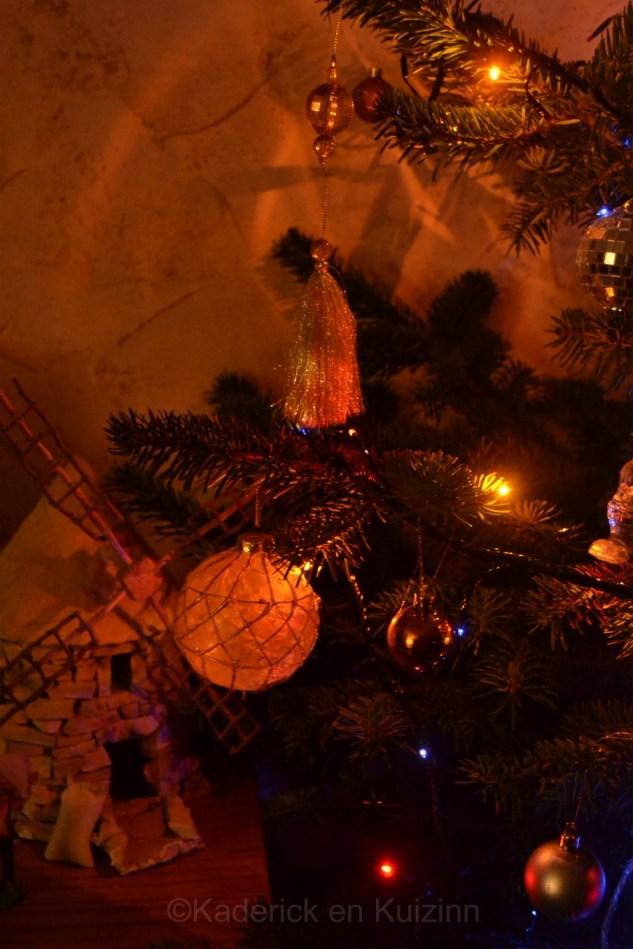 Photo du moulin en pierres et sapin de Noël pour le projet 52