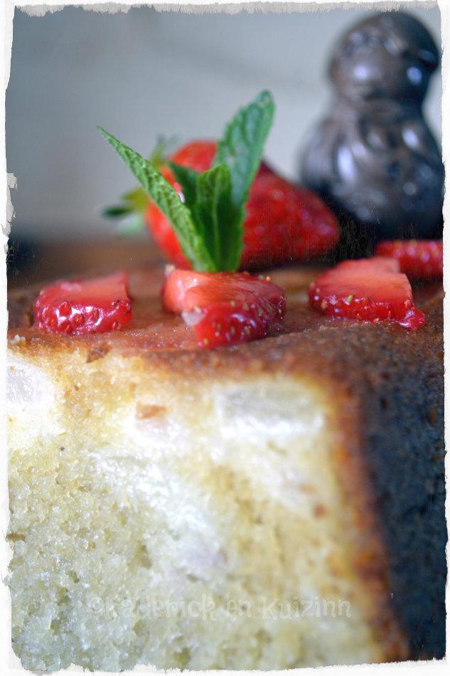 Recette du Cake moelleux aux poires et fraises bio-gâteau pour Culino Versions