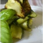 Recette des tagliatelles de courgettes bio cuites à la plancha avec du basilic