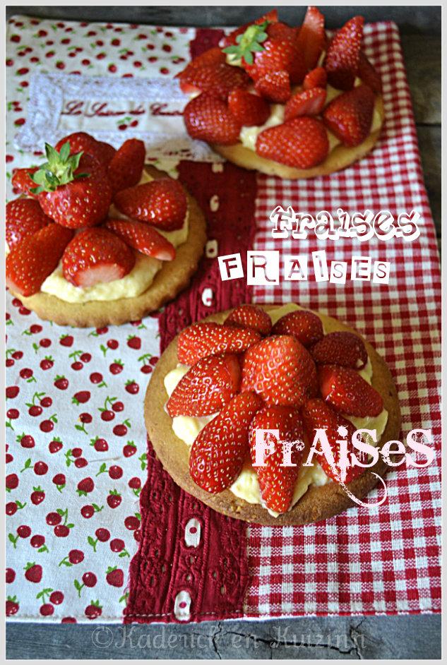 Tartelette aux fraises bio et crème pâtissière maison recouverte de coulis de fraise pour un dessert très gourmand