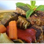 Recette du tajine boulette aux artichauts avec des légumes bio et des épices pour une cuisine orientale