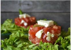Recette du tartare de tomate et mozzarella pour une entrée simple de fêtes des mères