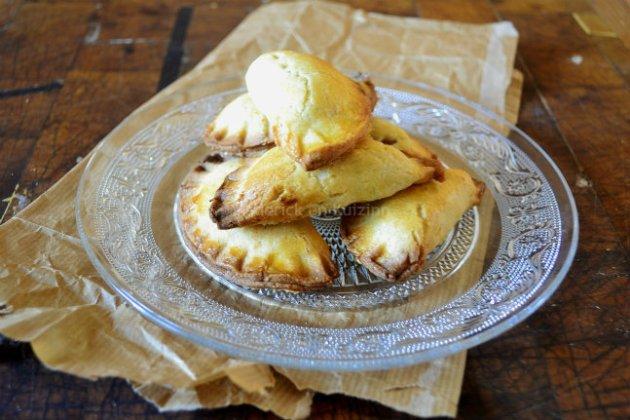 Recette Chaussons aux pommes à la cannelle {Pâte brisée maison} pour un dessert
