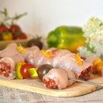 Recette plancha avec du poulet au chorizo en rôti ou en brochette avec des tomates cerises et du poivron bio