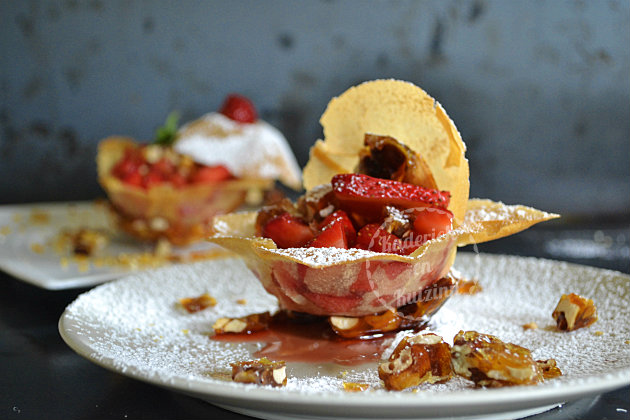 Recette corolle feuille brick fraises nougatine Culino Versions