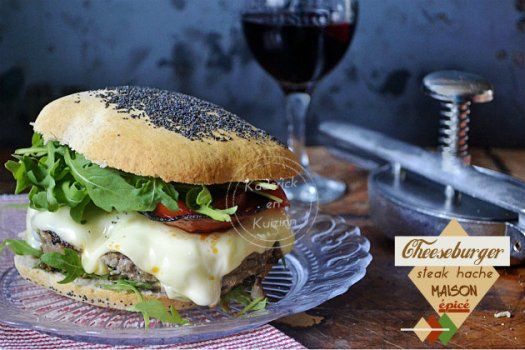Recette cheeseburger au steak haché fait maison et épicé