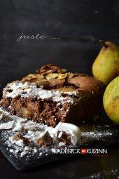 Morceaux fondant au chocolat, poires et bonbons praliné meringue de Chocadom