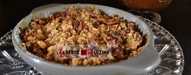 Composition crumble pommes bio au pain d'épice bio et caramel beurre salé - recette fait maison