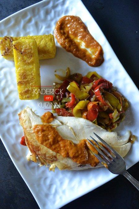 Dégustation de lingots de polenta au curcuma, poêlée de poivrons et poulet à la plancha - recette de cuisine