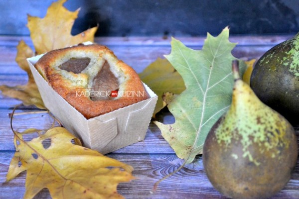 Recette tarte - Tarte madeleine aux amandes et poires en mini cake