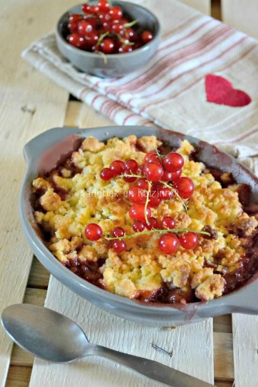 Dégustation crumble coco - Crumble rhubarbe fraises groseilles chez Kaderick en Kuizinn©