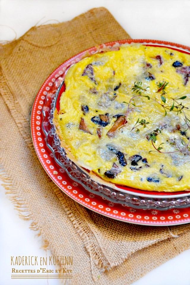 Omelette moelleuse champignons de Paris trompette pleurotes et comté