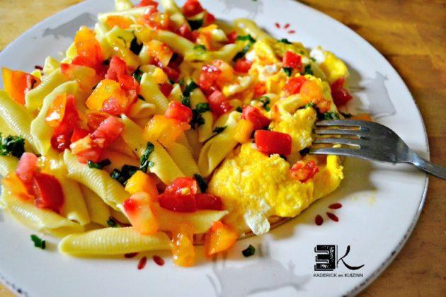 Recette pâtes tartare tomates œufs brouillés au basilic - Kaderick