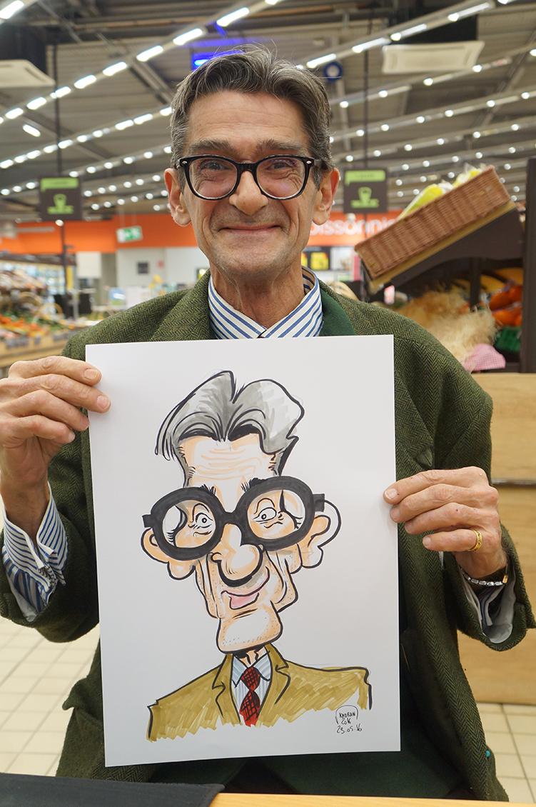 Inauguration en caricature du Carrefour Market Mulsanne (72)