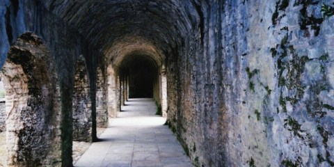 Fotografia tunelu, Źródło obrazu: sxc.hu