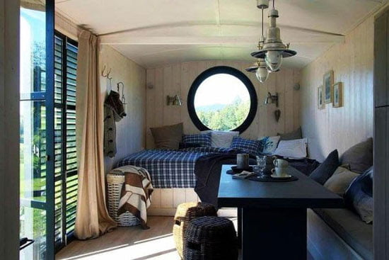Movable Architecture   Home on wheels