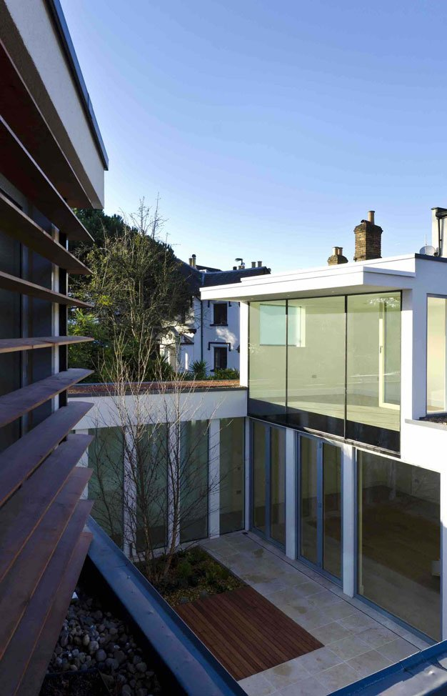 Courtyard-House-Design-Synopsis-by-Ansham-Architects-(16)