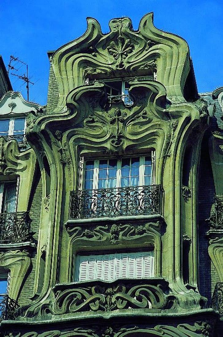 Art nouveau architectural style sought new graphic design for Deco in paris