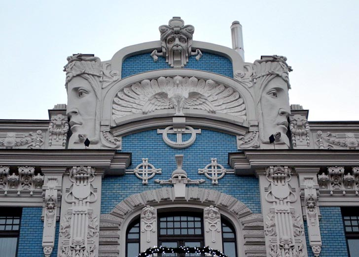 bulding elevation in art nouveau architecture charactristics,