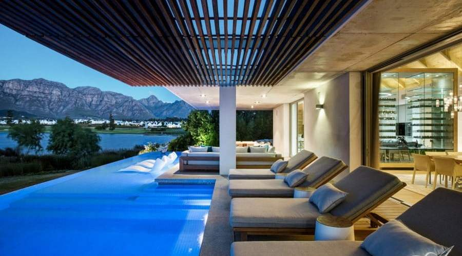 Modern Farmhouse, Residence, Design, Glamorous Architecture,