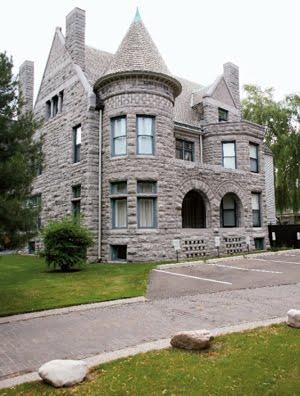 Richardsonian Architectural Style, Romanesque Revival Architecture,