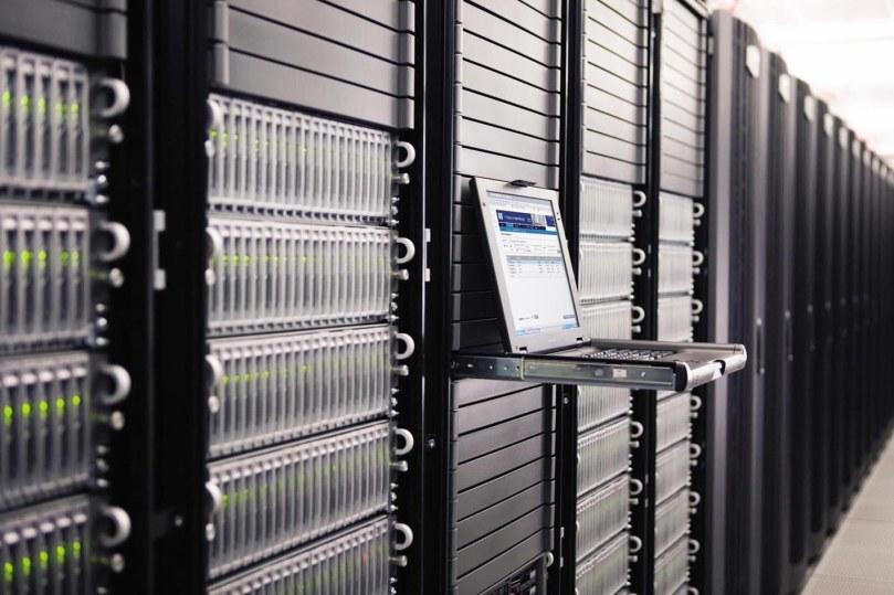 Managed dedicated server vs unmanaged dedicated server hosting