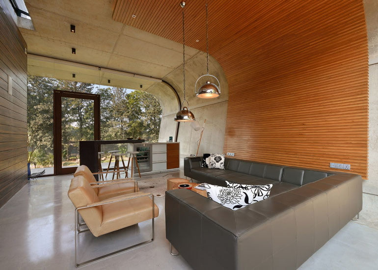 contemporary-architecture-of-pool-house-in-india- (1)