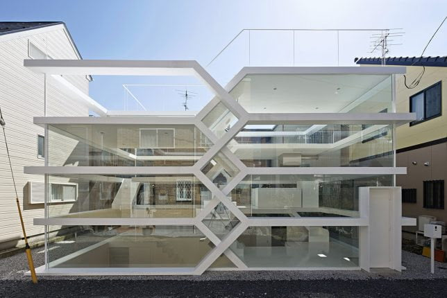 Transparent Zig Zag House by Yuusuke Karasawa