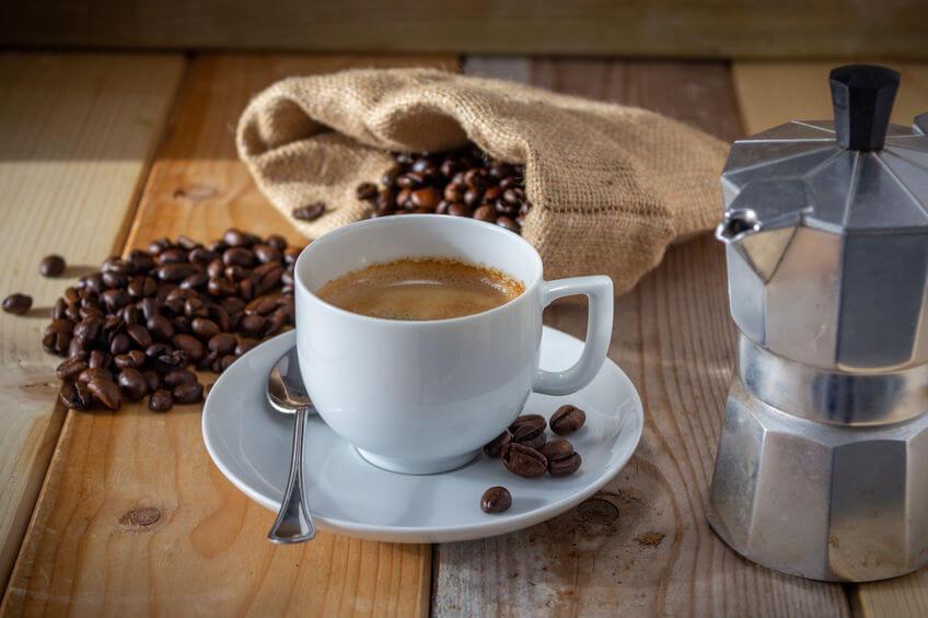 kaffee brühen espressokocher