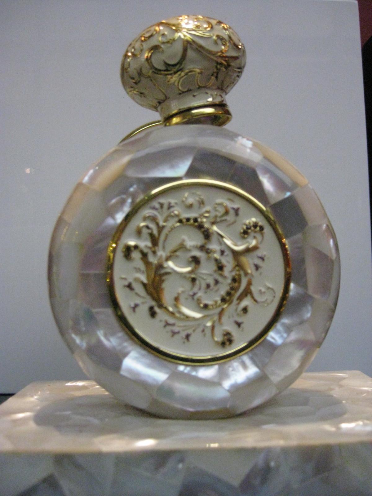 Jovoy Paris Aladdins Cave Of Luxury Perfumes Kafkaesque Hermes Terre D Flacon H 2013 Limited 100 Ml Alexandre
