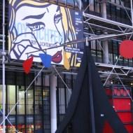 Roy Lichtenstein exhibit being advertised.