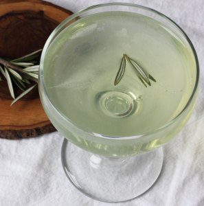 Douglas Fir Eau de Vie Cocktail. Source: autumnmakesanddoes.com