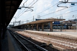 Bologna Centrale train station and some of their platforms. Photo: en.rail.cc
