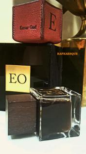 Ensar Oud EO No 2 -- pure parfum version, bottle, and box. Photo: my own.