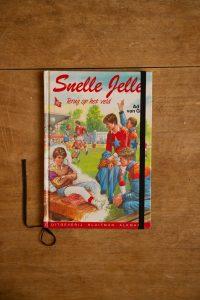 Notitieboek Snelle Jelle terug op het veld   gemaakt door Kaftwerk.com