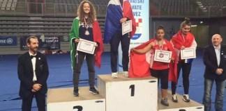 La jeune femme originaire de Cergy sur la plus haute marche du podium, dans sa catégorie des moins de 75 kg, en Croatie.(DR)