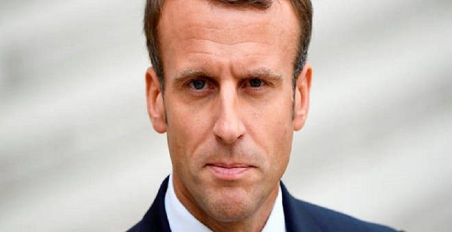 Emmanuel-Macron-accueille-les-deux-ex-otages-libérés