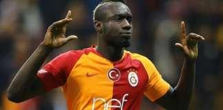 Mbaye Diagne offre une victoire précieuse à Galatasaray (Turquie) et entre dans la légende