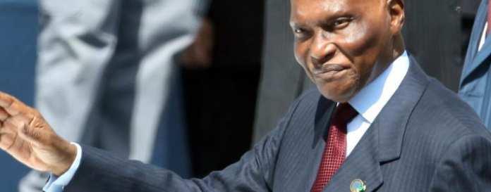 Abdoulaye Wade , Président de la République du Sénégal ( du 1er avril 2000 au 2 avril 2012 )