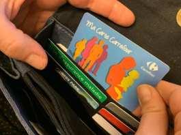 Avec la limitation des super-promos, la plupart des enseignes vont proposer à leurs clients de nouveaux avantages sur les cartes de fidélité. (Illustration) LP/Aurélie Audureau