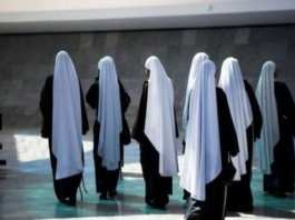 Eglise catholique dans un scandale sexuel Deux nonnes tombées enceintes après une mission en Afrique