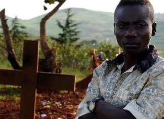 Des funérailles pour les 27 victimes d'Oicha (RDC )